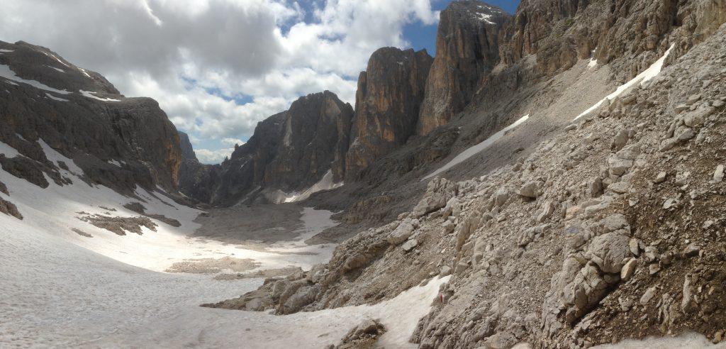 Le maestose cime sui lati della Val Pradidali
